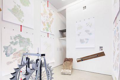 georg-kargl-box2021peter-fend06installation-view.jpg