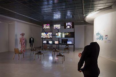 georg-kargl-fine-arts2021curated-byvalentinas-klimasauskasinstallation-view02.jpg
