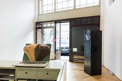 georg-kargl-fine-arts2021curated-byvalentinas-klimasauskasinstallation-view09.jpg