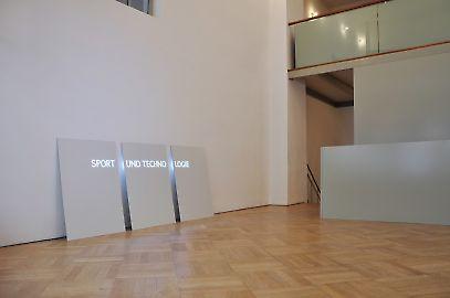 exhibitionview03.jpg