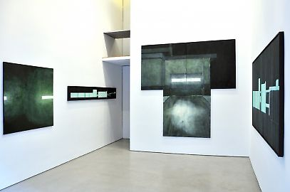 exhibitionview01.jpg